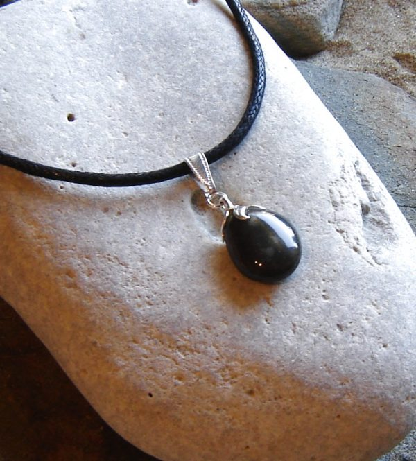 Natural Black Quartzite Round Choker Necklace. Black English stone choker pendant in natural black quartzite stone with fossil or mineral inclusions. The stone has been hand-collected on the North East coast.