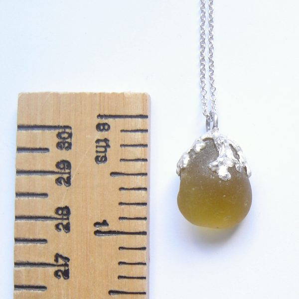 Silver Seaweed Nature Pendant in Sea Glass