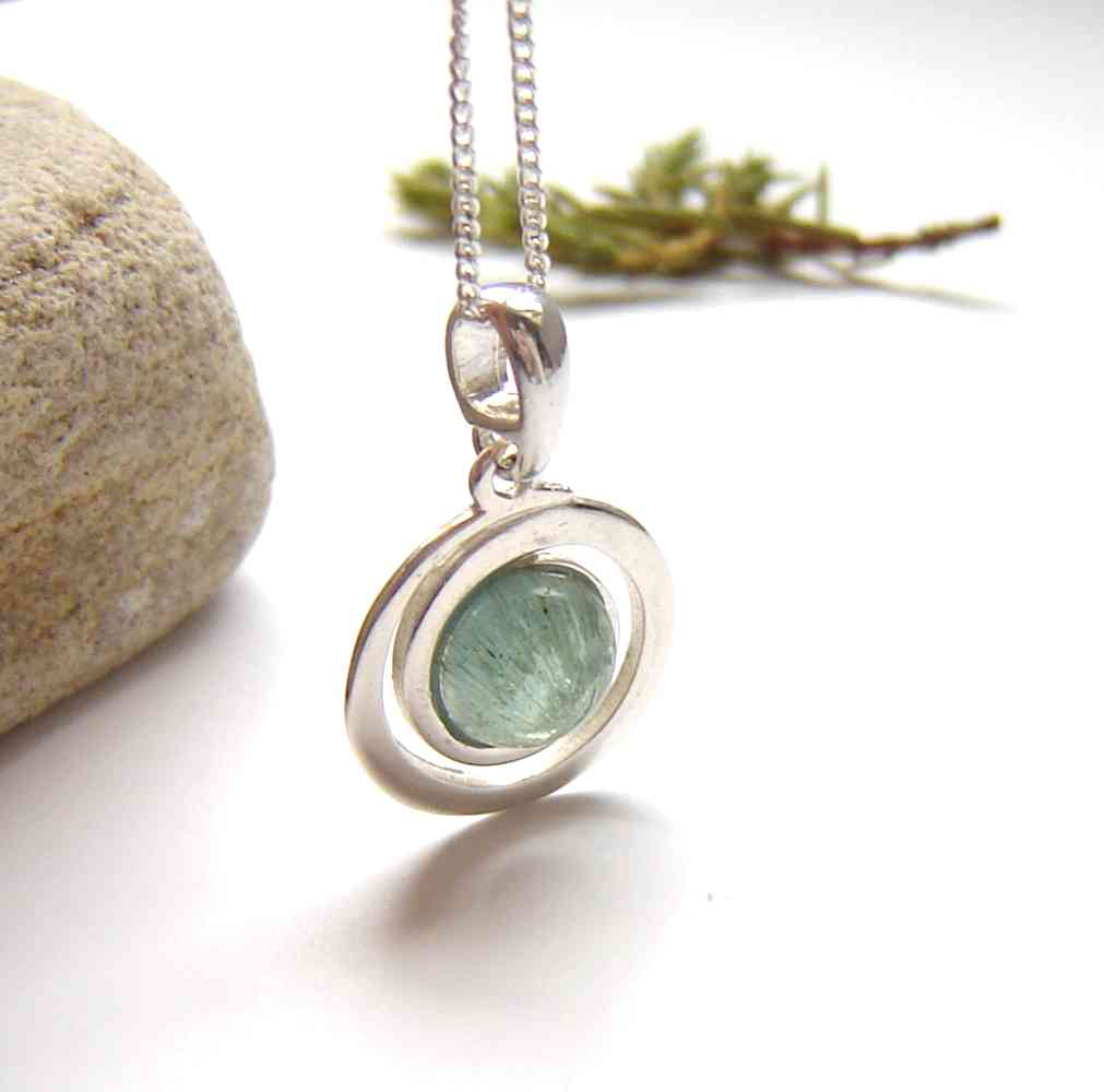 Natural Stone Jewellery: Natural apatite gemstone necklace in sterling silver