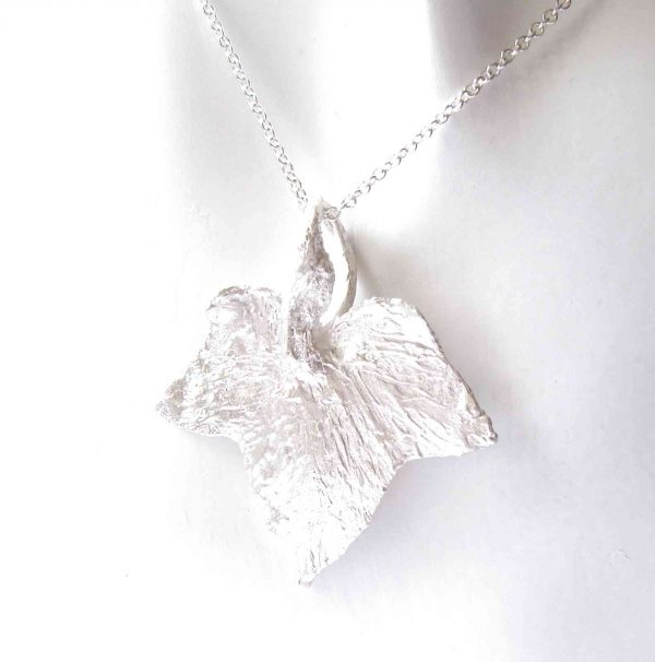 Handcrafted Textured Silver Large Ivy Leaf Pendant