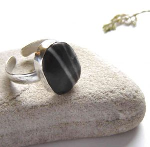 Natural Black Quartzite Hammered Silver Ring: A large, silversmithed bezel ring set with black and white striped British quartzite stone: Made to order