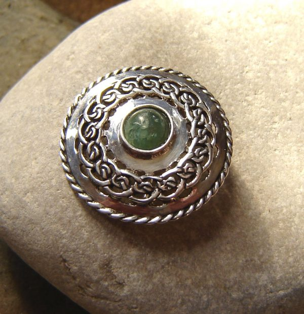 Celtic Cabochon Brooch in Natural Green Apatite. Sterling Silver Celtic Brooch with Green Apatite Round Cabochon